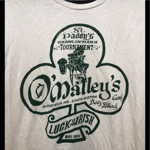 Lucky Irish O'Malley Pub T-shirt
